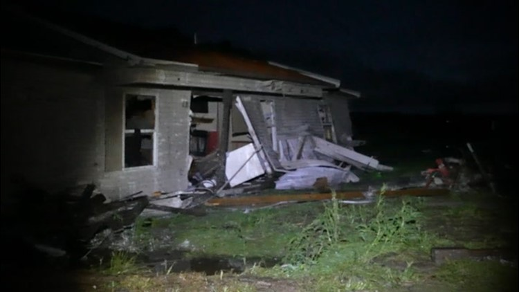 Damaging and deadly storms move across the Southern U.S.
