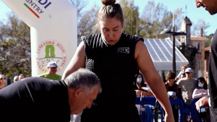 You Have to See These Amazing Women Taking Part in Their Own Strongwoman Competition!