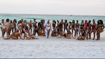 Woman enlists 34 bridesmaids for epic Fla. beach wedding