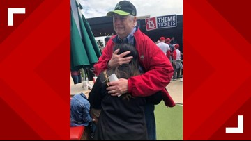 Heart donor's family unexpectedly meets recipient at Cardinals game