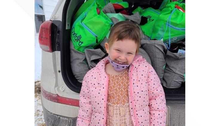 5-year-old collects gift bags for homeless children