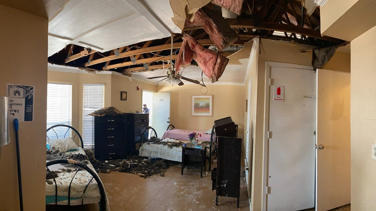 Texas domestic violence shelter asks for donations after pipes burst, ceiling caves in