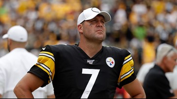 Steelers QB Ben Roethlisberger done for season with right elbow injury