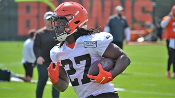 Browns have spoken to Kareem Hunt about 'situation' at Cleveland bar