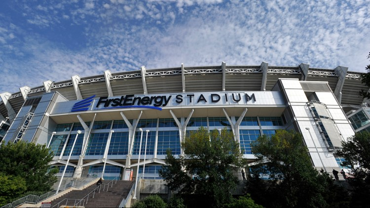 FirstEnergy Stadium cited for selling alcohol past 10 p.m. during last week's Cleveland Browns game