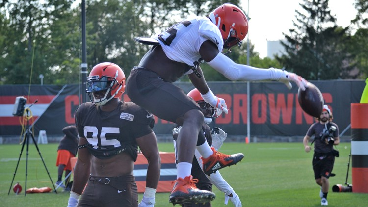 David Njoku Chief Slam Cleveland Browns training camp August 10, 2019