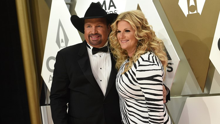 Trisha Yearwood tests positive for COVID-19