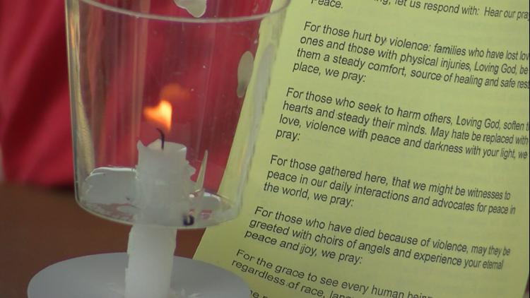 Port Clinton community comes together to honor mass shootings