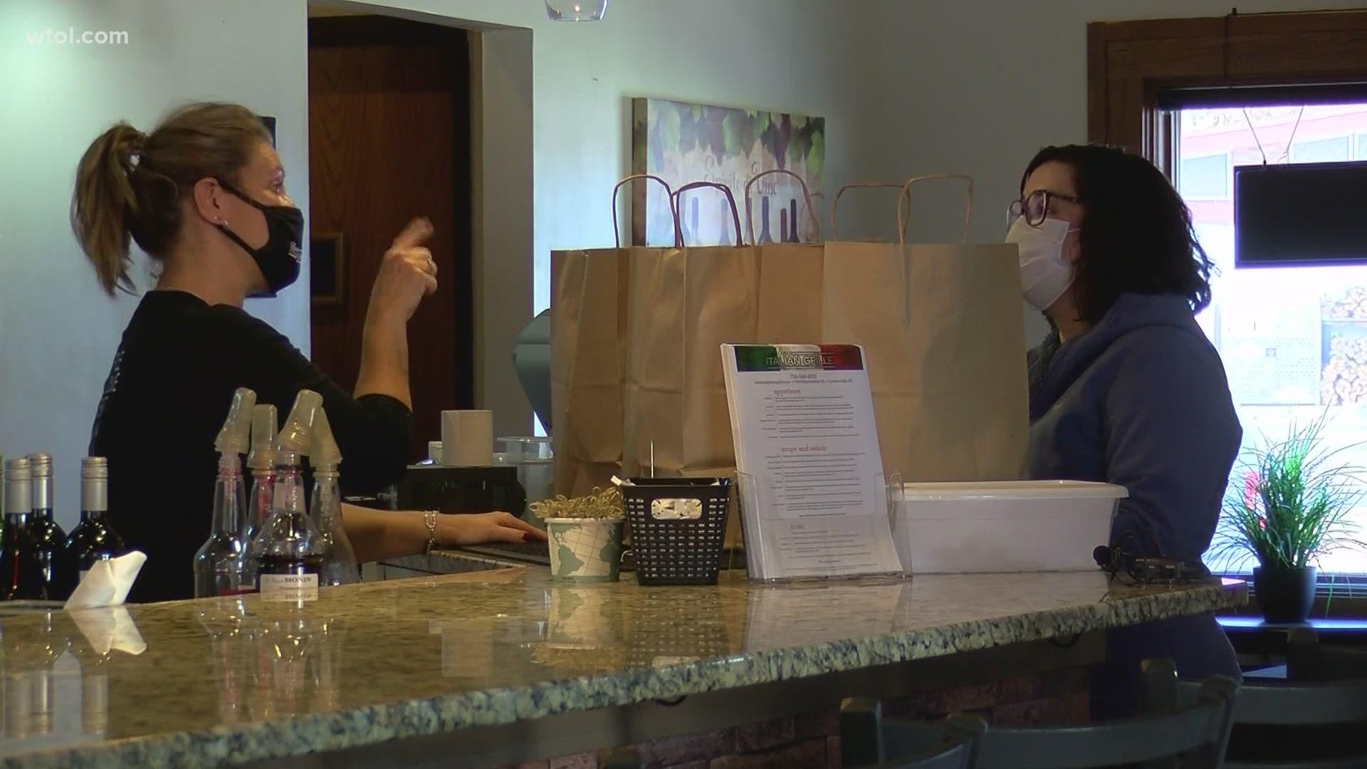 Michigan Restaurants Adjust To New Covid 19 Restrictions Wtol Com