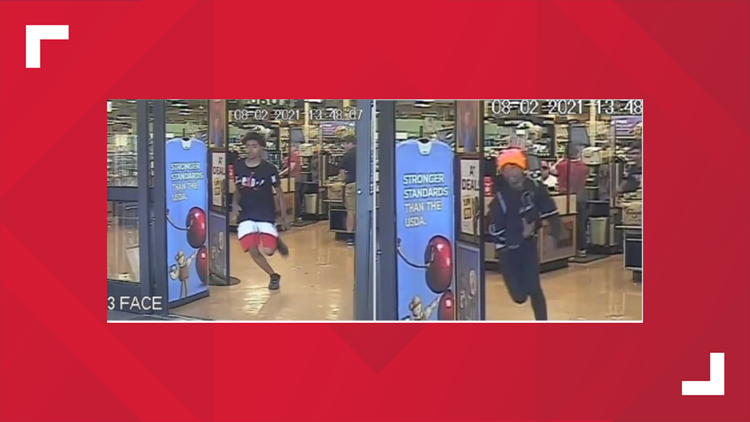 TPD searching for suspects who stole elderly woman's purse, car