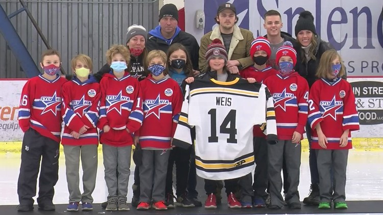 Never forget #14: Jackson Weis honored by the Sylvania hockey community