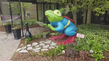 Another Moment of Zen around downtown Toledo frogs