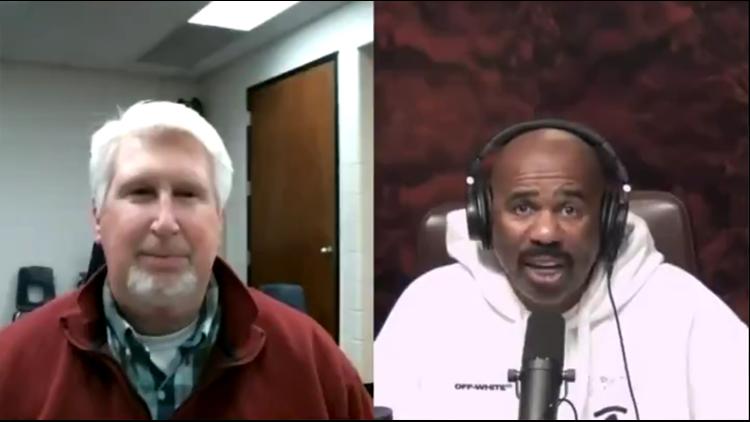 Steve Harvey sends Liberty-Benton trick shot custodian $5,000
