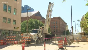 Downtown businesses adjusting without power
