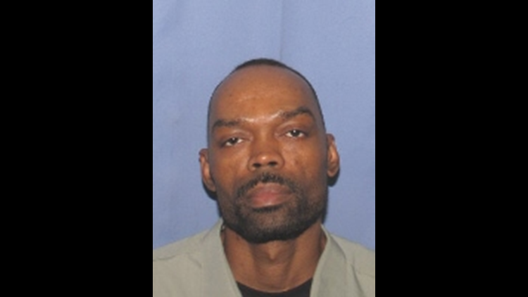 2nd fugitive in custody, police still looking for 1 wanted sexual offender