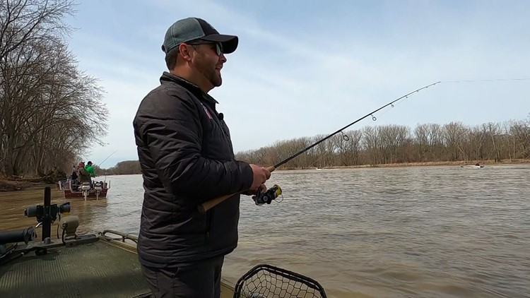 Anglers flock to the Maumee River for annual walleye run