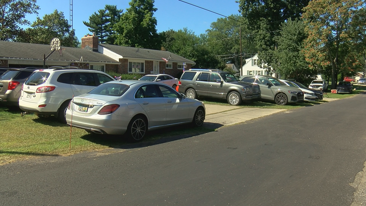 West Toledo homeowners turn yards into paid parking for Solheim Cup spectators