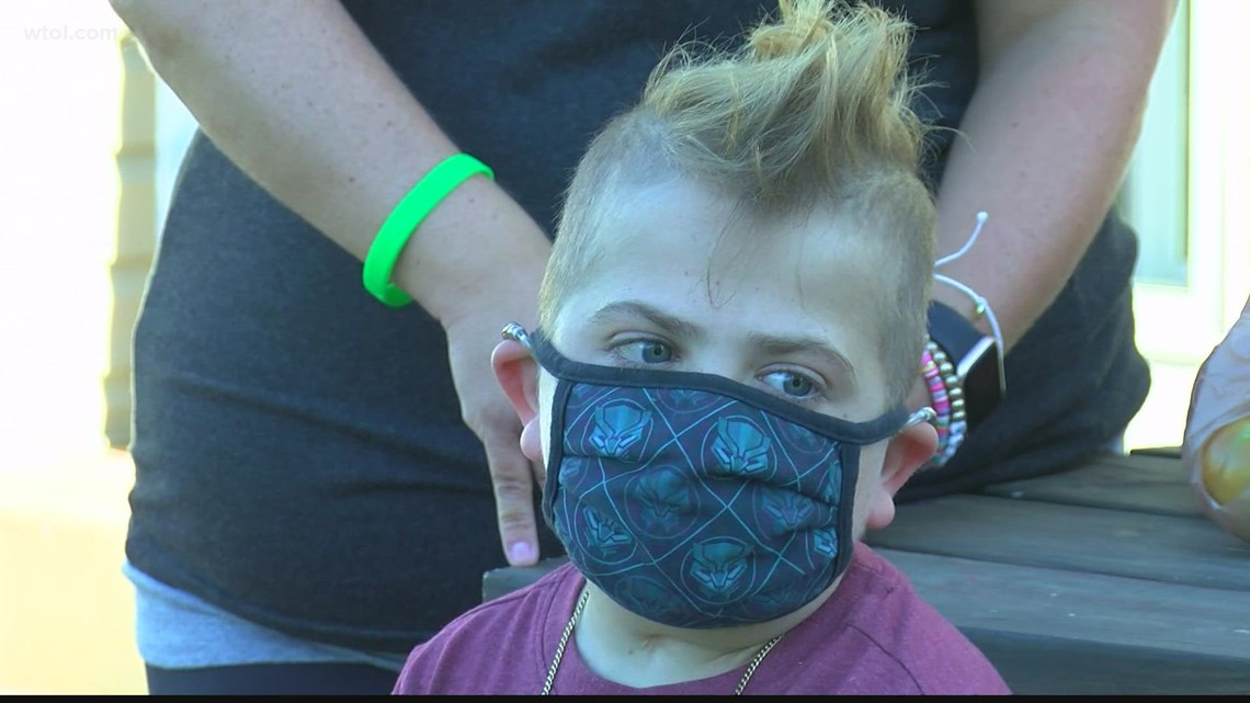 13-year-old boy undergoes double lung transplant; mother asks for compassion as Anthony Wayne mask mandate sparks protest