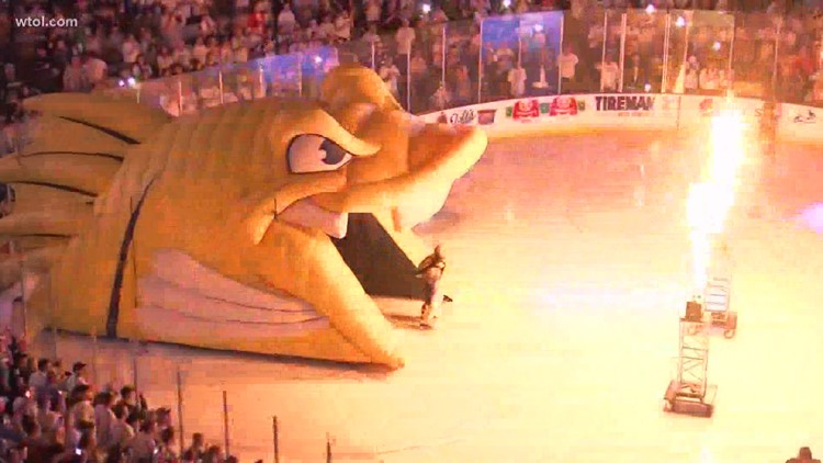 Fans react to suspended 2020-21 Toledo Walleye season and impact on local businesses