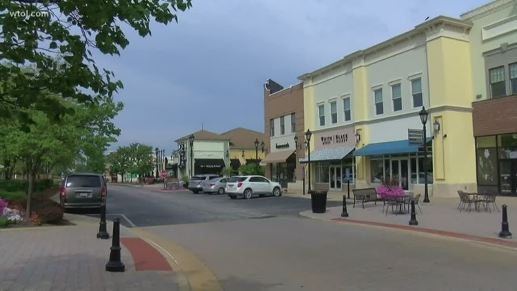 Perrysburg City Council questions Levis Commons outdoor refreshment area proposal