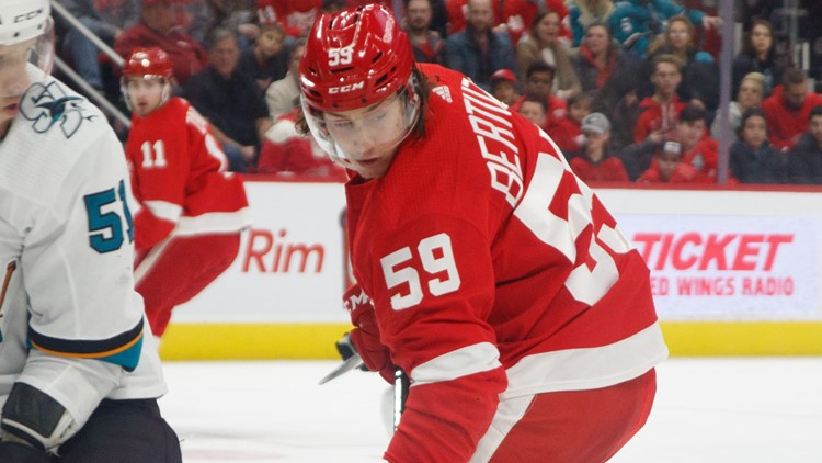 Red Wings' Tyler Bertuzzi the only unvaccinated Detroit player ahead of training camp