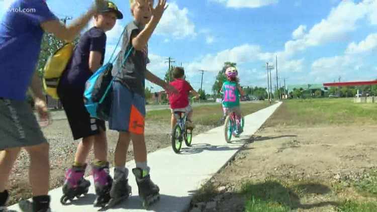 Sylvania first graders get sidewalk they asked city council