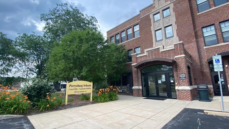 Perrysburg joins several other school districts in dropping mask mandate after new guidance from ODH