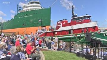 2 tugboats christened at National Museum of the Great Lakes