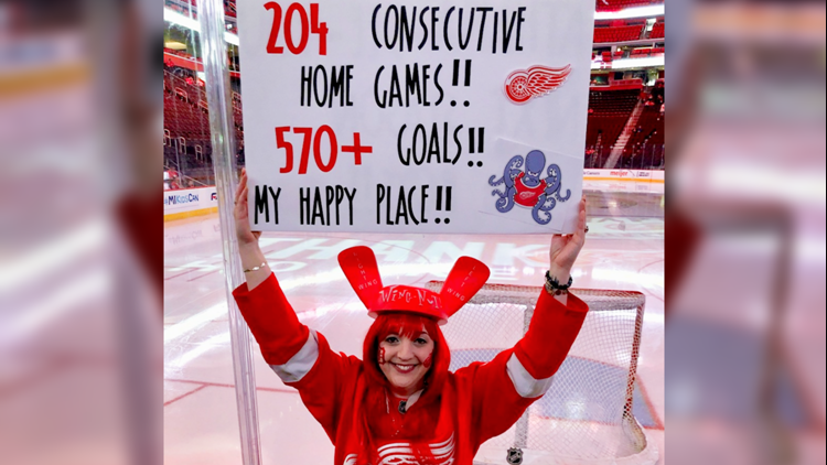 Detroit Red Wings season ends, but competition for top hockey fan heats up