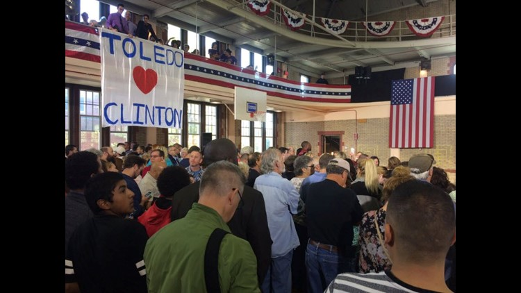 Former President Bill Clinton campaigns for Hillary at Waite High School