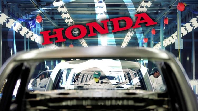 Worker facing arrest grabs ax, shuts down Ohio Honda plant