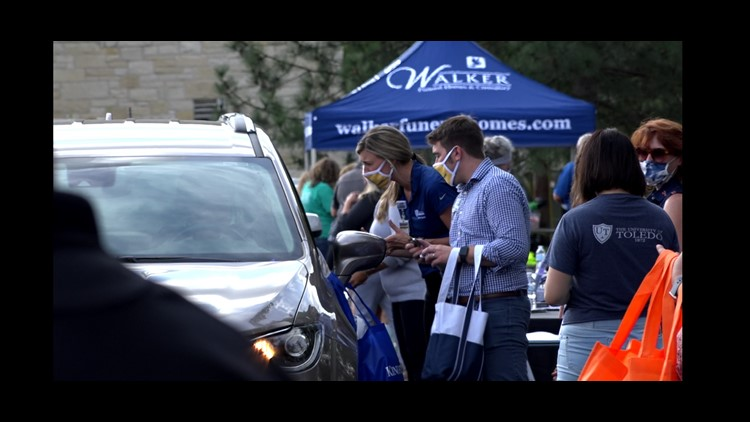 'Golden Days of Fall' drive-thru event connects seniors with services, events
