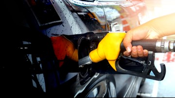 AAA: Michigan gas prices fall 11 cents to $2.64 per gallon