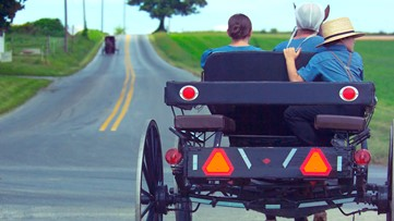 Ohio bill would require flashing lights on Amish buggies