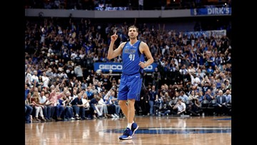 Nowitzki announces retirement after final home game for Mavs