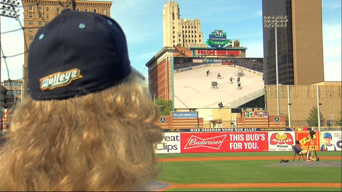 Toledo Walleye viewing party at Fifth Third Field attracts diehard hockey fans