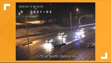 All lanes back open on NB I-75 after rollover crash