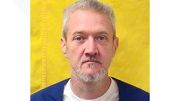 Ohio prison worker tests positive; inmate sues for release