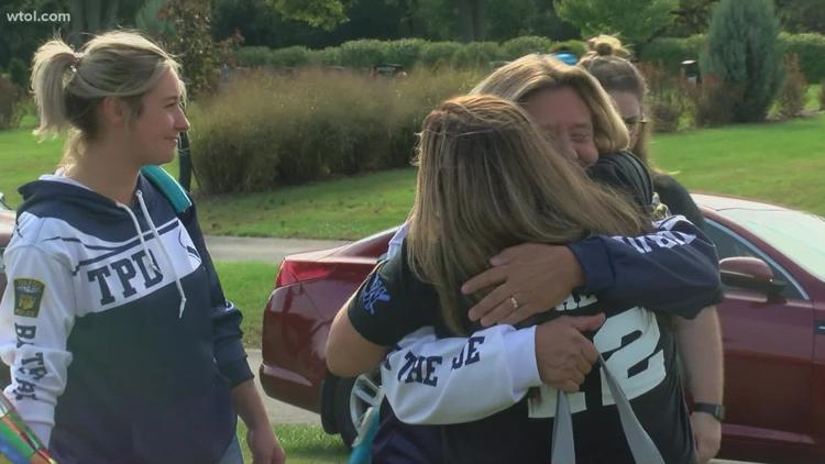 Family of slain Toledo police officer gather to celebrate what would have been a milestone day