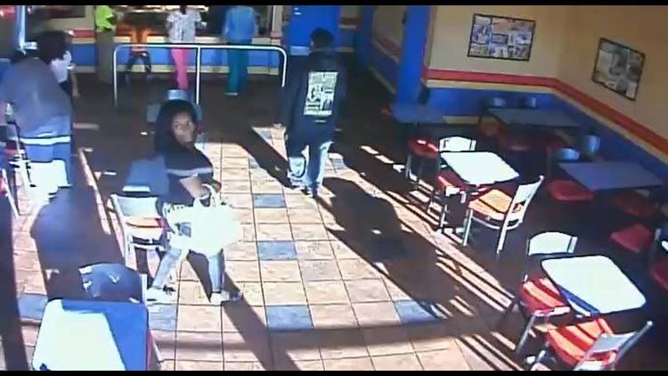 Police looking to ID suspected purse theft