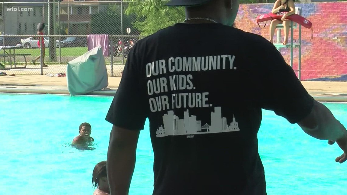 Community steps up to watch out for kids after gun brought to Roosevelt pool in June