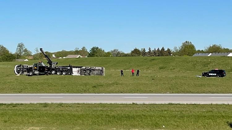 One lane open on SB I-75 to NB I-475 ramp in Wood Co. after semi rollover crash