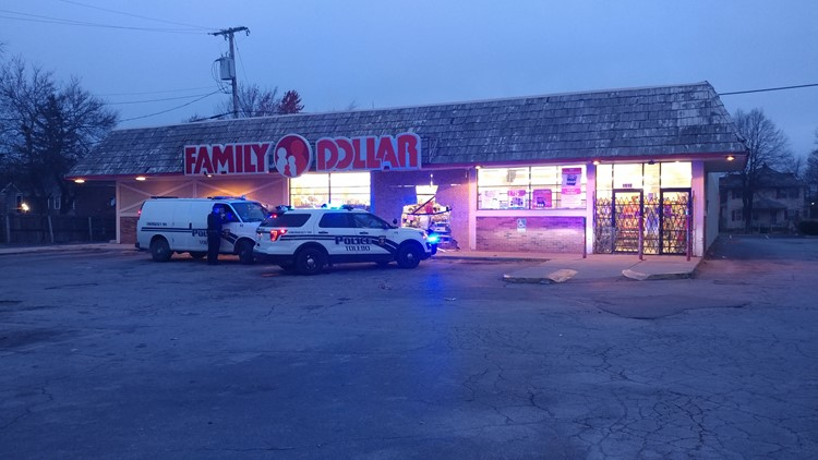 Car crash into Family Dollar leaves hole in building | wtol com