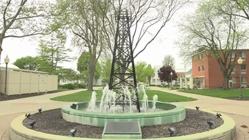 A Moment of Zen at the University of Findlay Oil Derrick Fountain