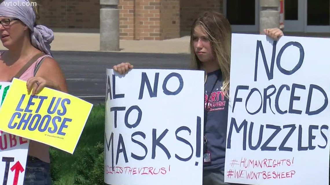 Parents of Clay High School students protest school's mask mandate