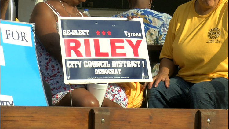 Re-elect Riley