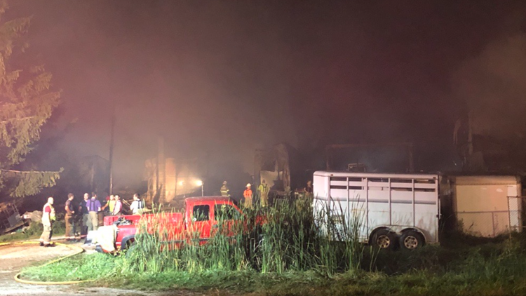 Barn a total loss, animals dead after blaze at animal feed and supply store in Fremont