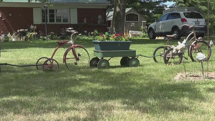 Wow, That's Weird: Oak Harbor tricycle collection is a local landmark