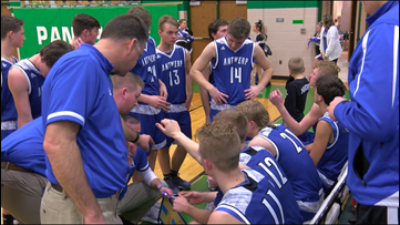 Antwerp boys basketball finishes off perfect 22-0 season
