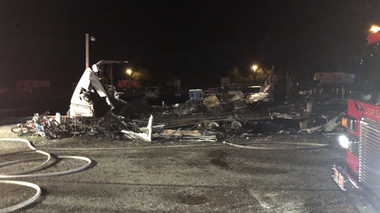 Fire destroys camper at Meinke Marina